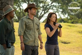 Rob Lowe and Kristin Davis star in Netflix's Africa-set Christmas romance HOLIDAY IN THE WILD (2019)