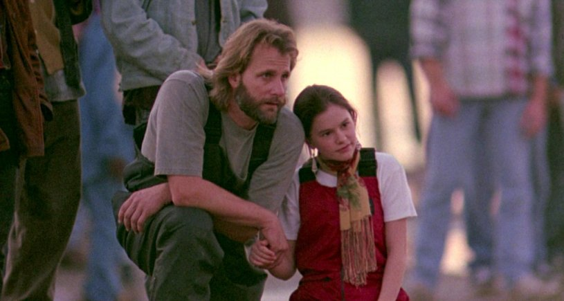 Jeff Daniels and Anna Paquin star in the inspirational true story FLY AWAY HOME (1996)