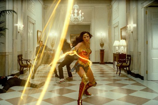 Wonder Woman (Gal Gadot) whips her magic lasso in WONDER WOMAN 1984 (2020)