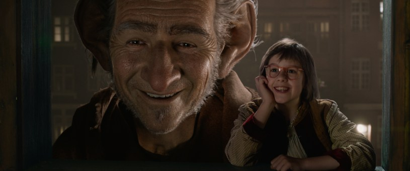 Mark Rylance and Ruby Barnhill star in Steven Spielberg's adaptation of Roald Dahl's book THE BFG (2016)