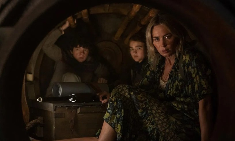 Noah Jupe, Millicent Simmonds and Emily Blunt star in the horror sequel A QUIET PLACE PART II (2021)