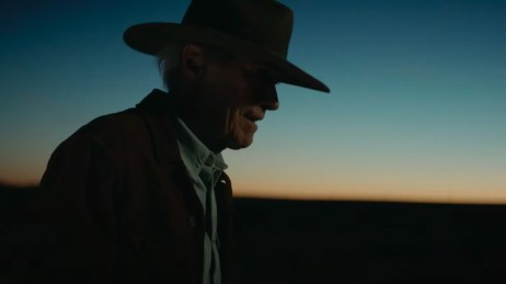 Clint Eastwood directs and stars in the neo-western CRY MACHO (2021)