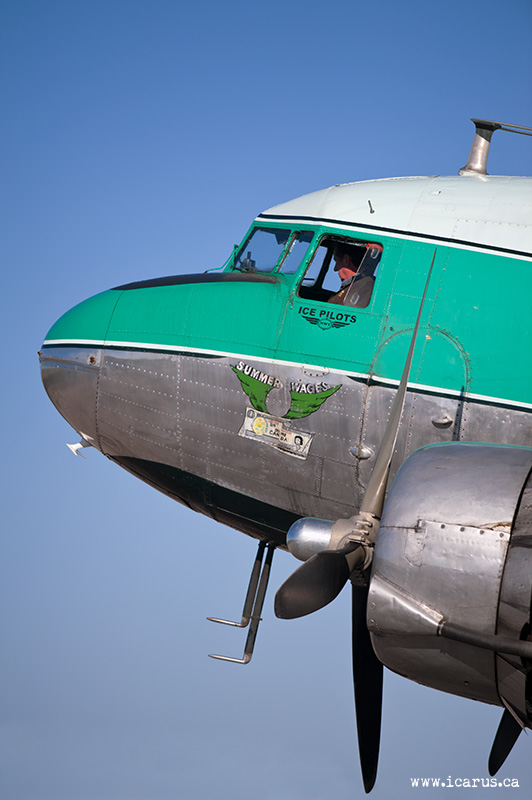 DC-3 C-GPNR with Joe