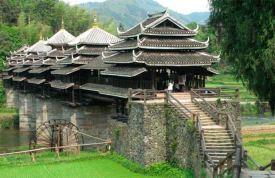Puentes de madera que parecen de cuento, en China