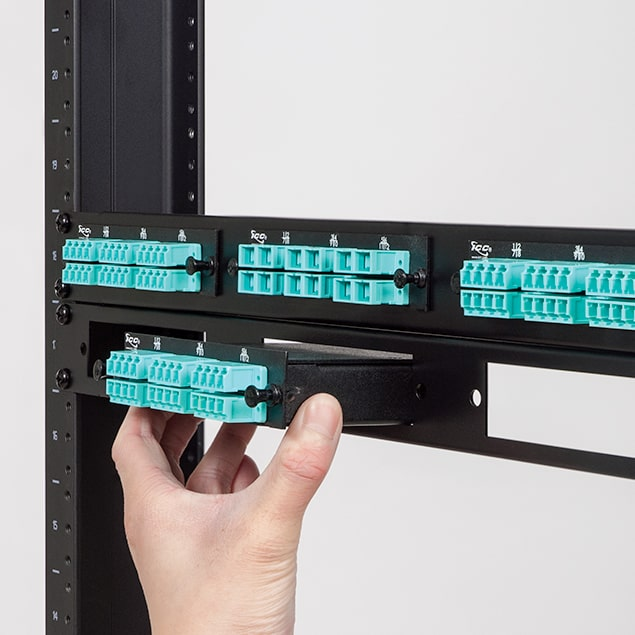 Classic 1 RMS Fiber Optic Blank Patch Panel with 3 Slots for LGX Compatible Adapter Panels or Cassettes