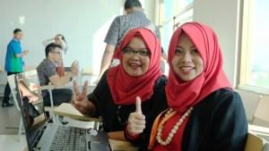 Rara (kanan). Telkom Indonesia