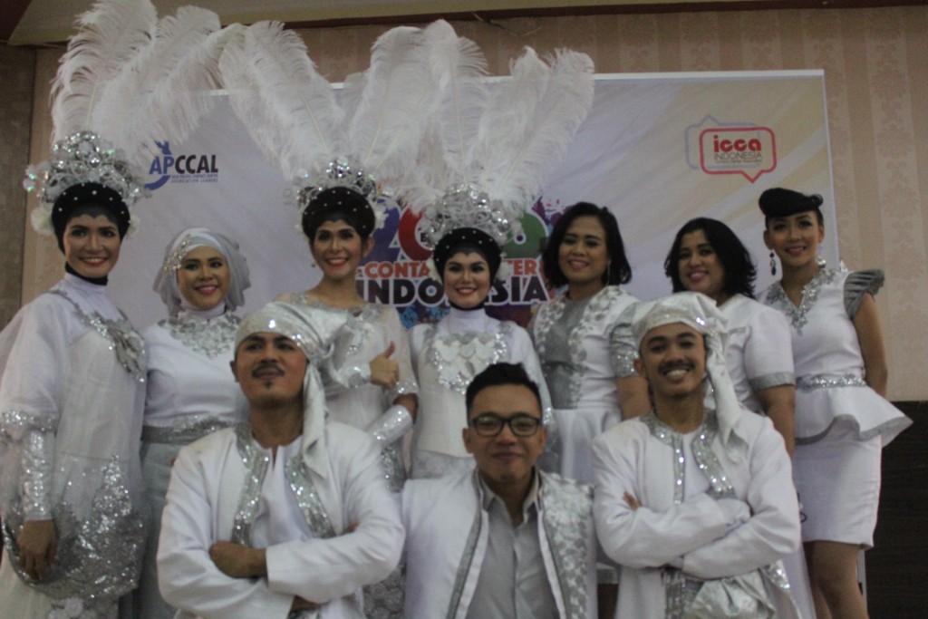 Peserta singing dan dancing perwakilan dari PT. Bank Mandiri (Persero), Tbk.