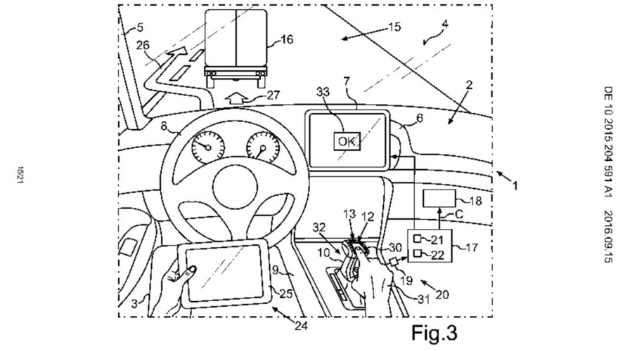 VW patents self-driving tech with simultaneous manual