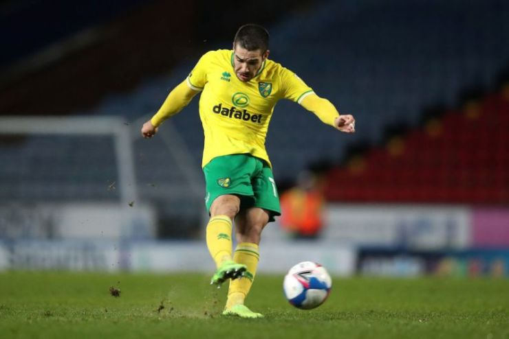 Emi Buendia in action for Norwich