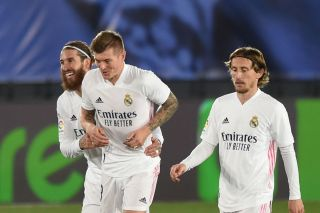 Real Madrid star Toni Kroos fit to feature vs Chelsea