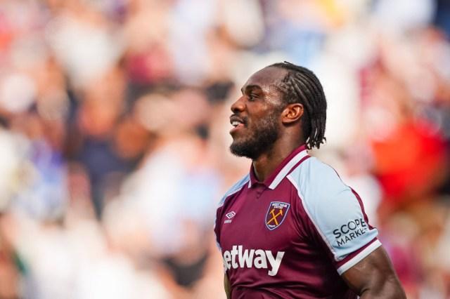 West Ham find the striker to work alongside Michail Antonio