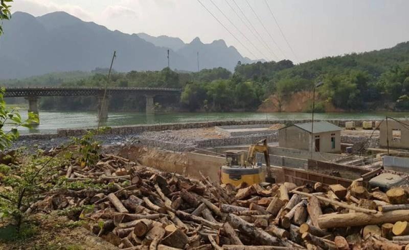 Đổ hàng nghìn khối đá xây kè lấn sông Mã làm nhà xưởng - 8