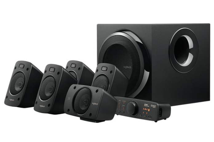 Logitech Z906 with all its speakers.