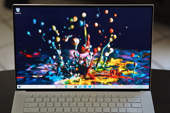 Schermo OLED Dell XPS 15.