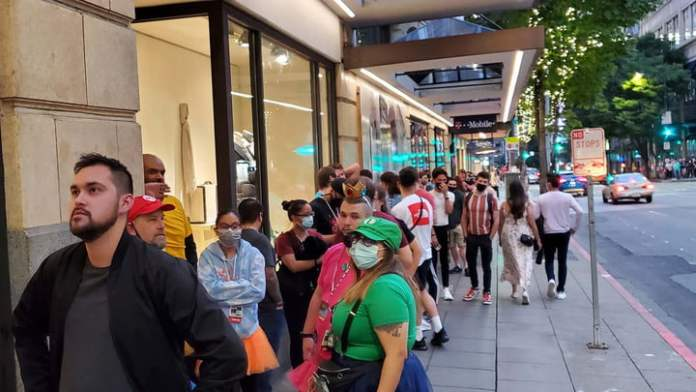 Long line outside one of the PAX West parties