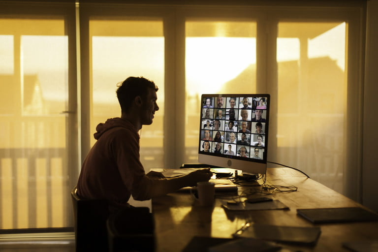 9-steps-for-improving-the-quality-of-video-calls-man-engaged-on-video-call