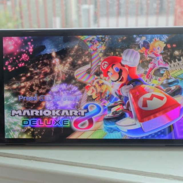 Mario Kart 8 Deluxe running on a Nintendo Switch OLED.