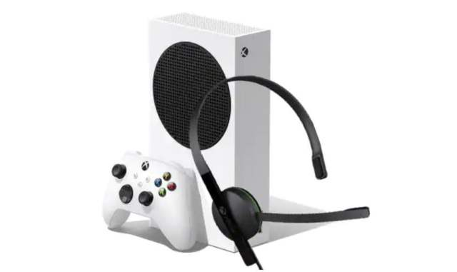 Xbox Series S Dell bundle with headset