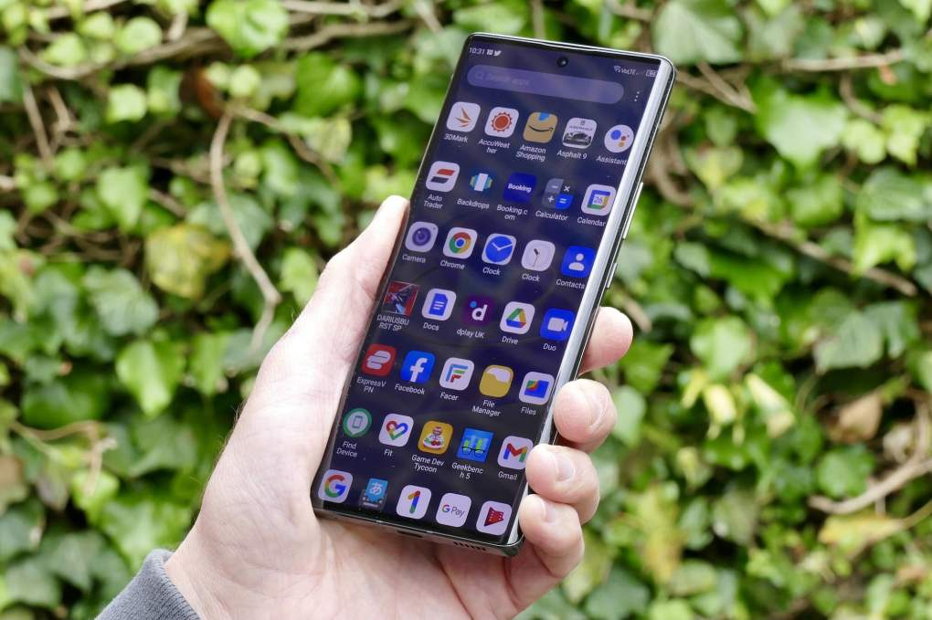 The app display on the ZTE Axon 30 Ultra