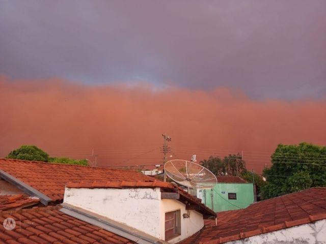 Brezilya'da kum fırtınası #1