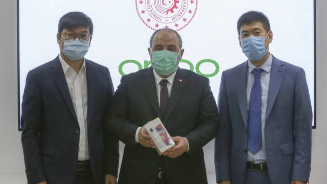 China's Oppo begins test production in Turkish plant