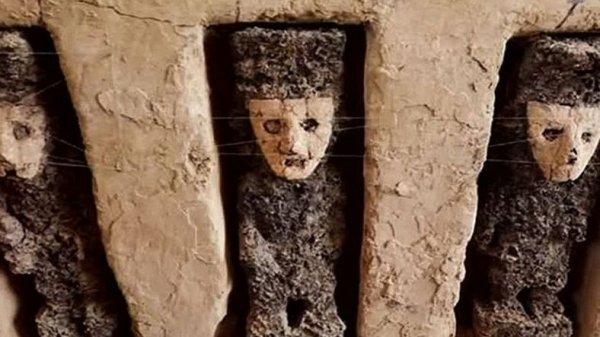 Peru'da ürkütücü maskelerle dolu gizemli oda bulundu