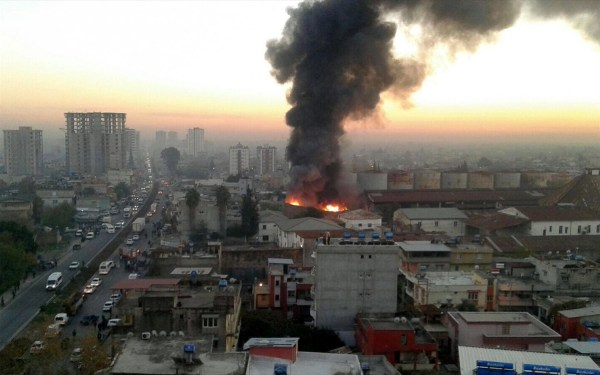 Adana'da fabrikada yangın