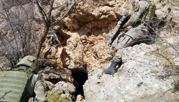 Şırnak ve Siirt'te PKK'nın inine girildi