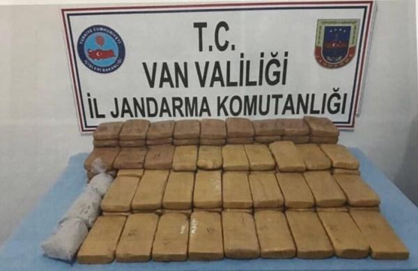 Van'da uyuşturucu operasyonu: 2 gözaltı