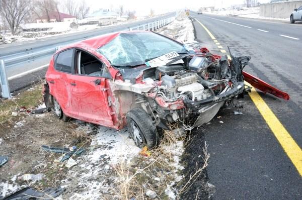 Ağrı'da trafik kazası: 2 yaralı