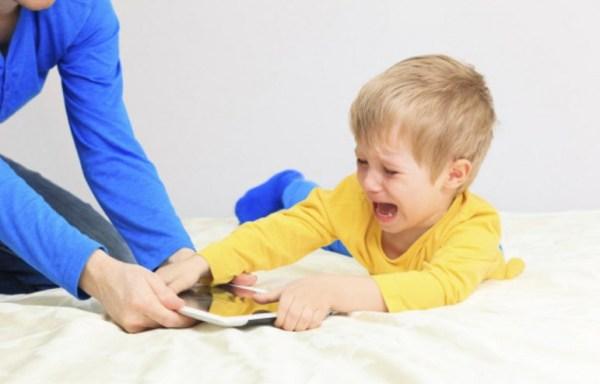 Çocukları ve gençleri bekleyen tehlike: Körlük