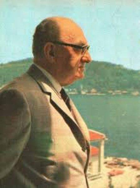 Faruk Nafiz Çamlıbel'in 45. ölüm yıl dönümü