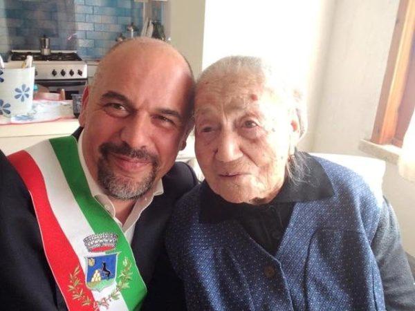 Avrupa'nın en yaşlı insanı İspanya'da hayatını kaybetti