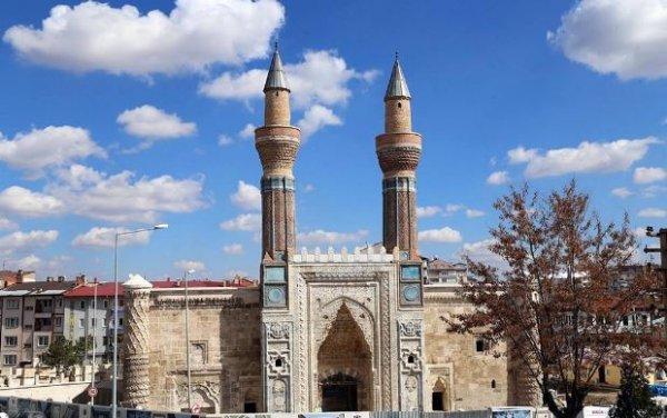 Yiğidin harman olduğu yer: Sivas'tan selamlar