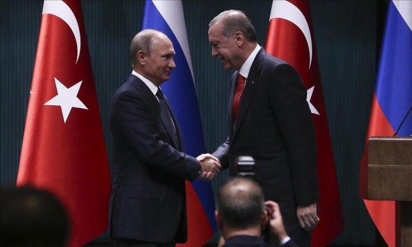 Putin praises Turkey's diplomatic manner
