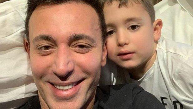 Mustafa Sandal'ın oğlundan koronavirüs mektubu