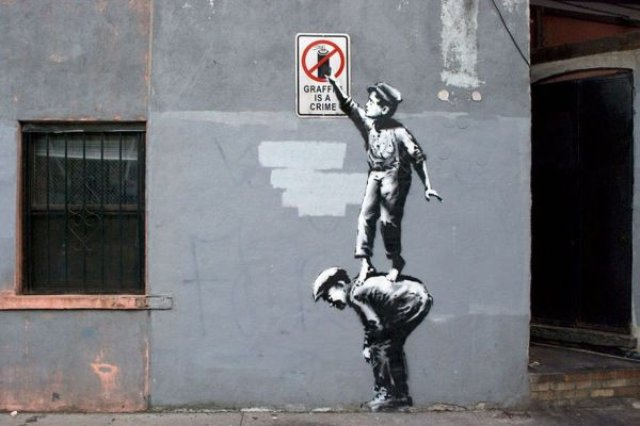 bansky 3256 - Banksy kimdir? Duvar ressamı Banksy gerçek adı nedir? Banksy duvar resimleri..