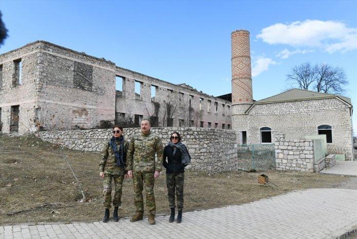 Azerbaycan Cumhurbaşkanı İlham Aliyev, Şuşa yı ziyaret etti #8