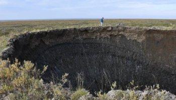 Bilim insanları, Sibirya daki dev deliklerin sırrını çözdü #1