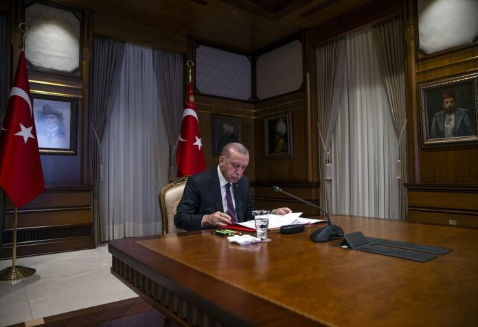 Cumhurbaşkanı Erdoğan, Macron la görüştü #2