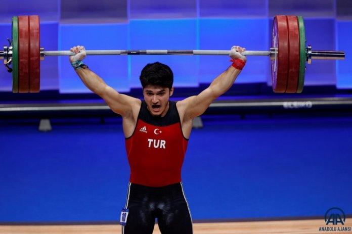 Avrupa Halter Şampiyonası nda Muhammed Furkan Özbek ten 2 altın madalya #1