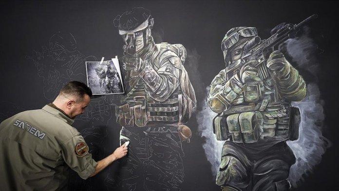 Malatya da polis memuru, sanat becerisini sanal operasyon alanlarının tasarımında kullanıyor #1