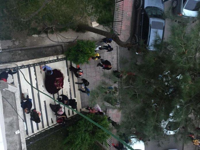Diyarbakır da sokak ortasında maskesiz halay #3