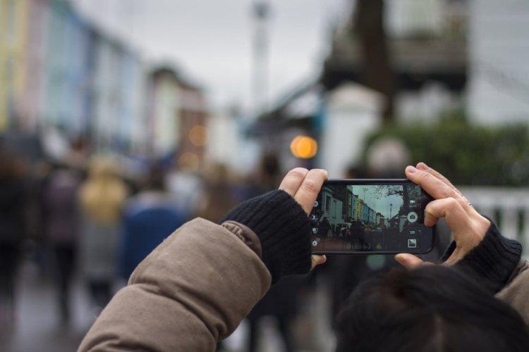 Akıllı telefon harcamaları son bir yılda yüzde 50 arttı #1
