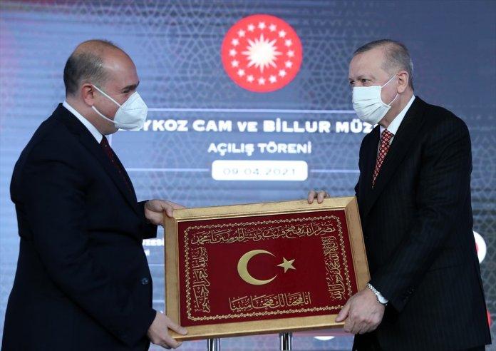 Cumhurbaşkanı Erdoğan: Ülkemizde bir dönem ecdat mirasına çok hoyrat davranılmış #4