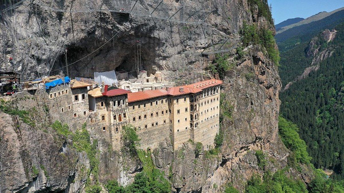 manastir 5012