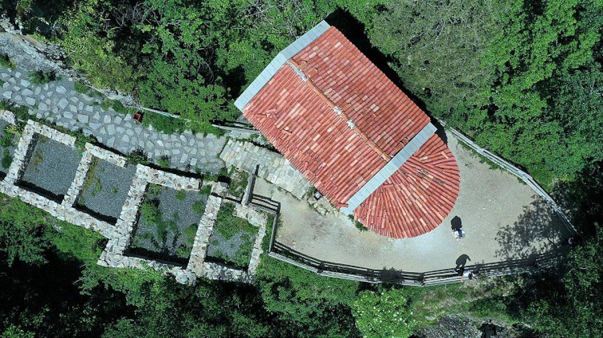 manastir 9367
