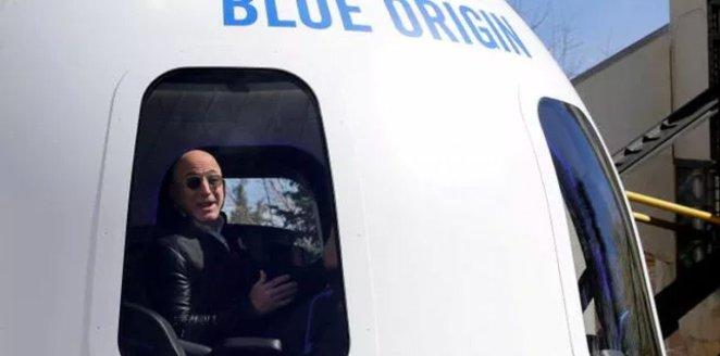 Seat next to Jeff Bezos on space travel sells for $28 million #2