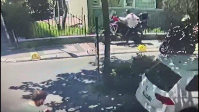 Şişli'de sağlık çalışanı, çalınan motosikletini iz sürerek buldu #2