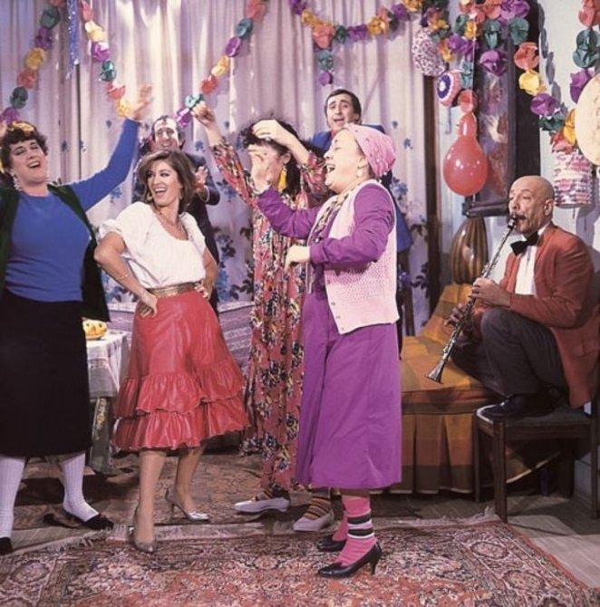 Gırgıriye de Şenlik Var filmi ne zaman çekildi? Gırgıriye de Şenlik Var konusu ve oyuncuları  #1